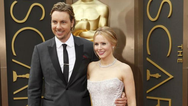 "Kristen Bell admits she and husband Dax Shepard are ""at each other's throats"" due to quarantine"
